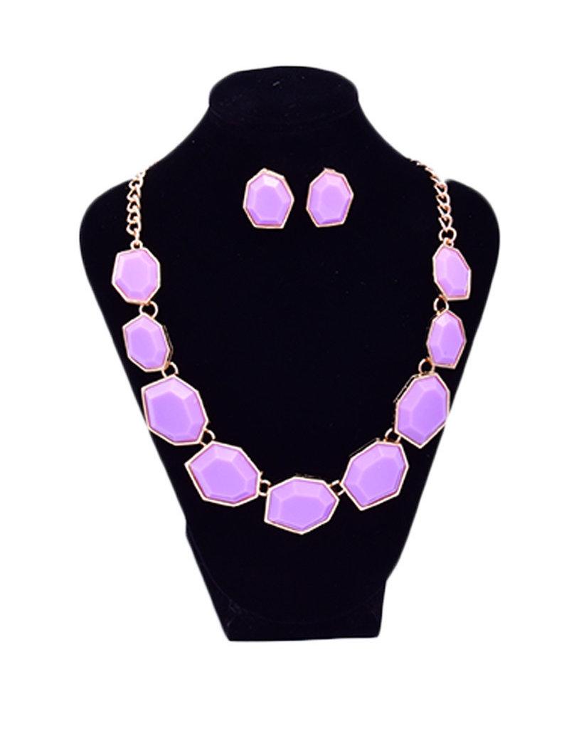 Multi Shaped Stone Necklace Set