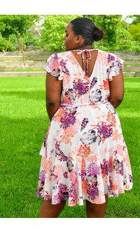Maison Tara RYANN- Plus Size Floral Fit & Flare Dress