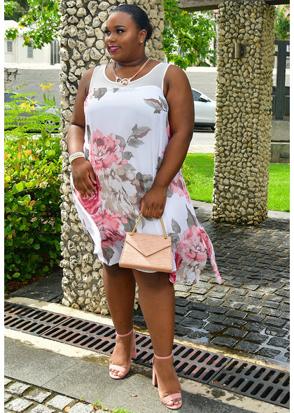 Signature FELWA- Plus Size Printed Shift Dress with Points