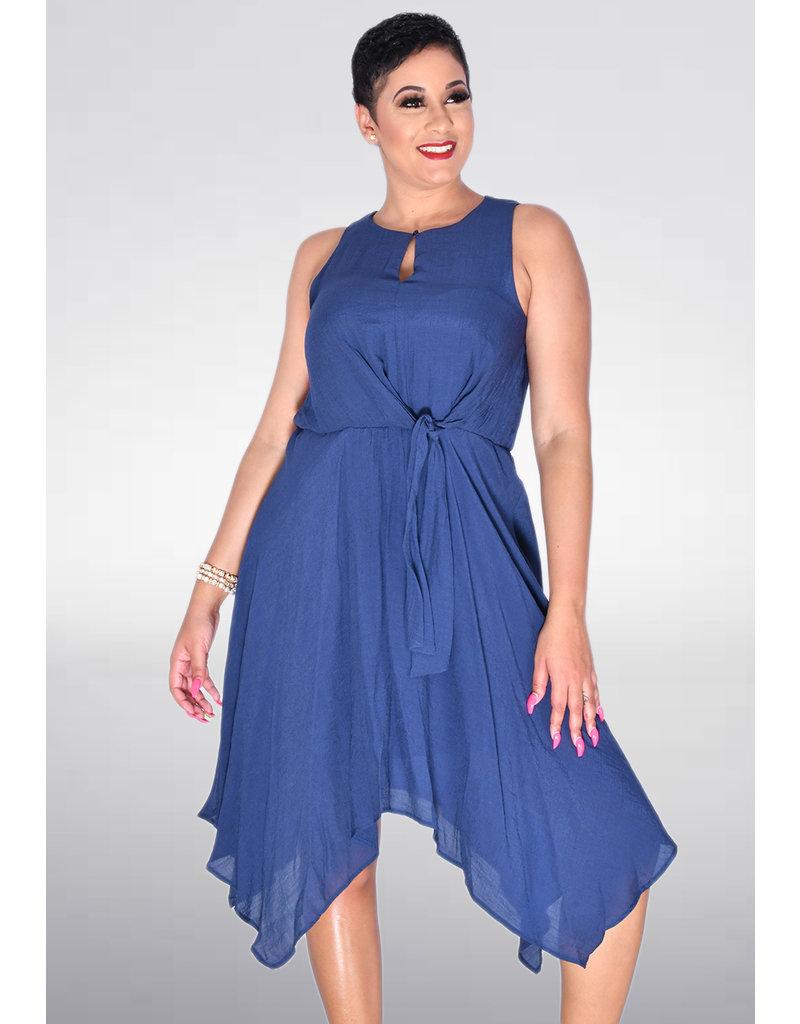 GERDA- Round Neck Dress with Keyhole