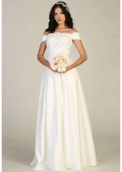 Quinn-BRIDAL Off-Shoulder Applique Long Dress