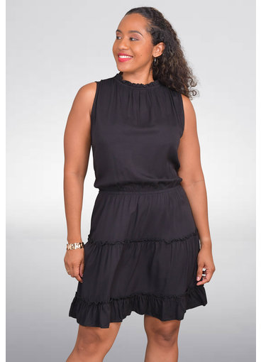 GETS ORLENE- Tiered dress with ruffle accents