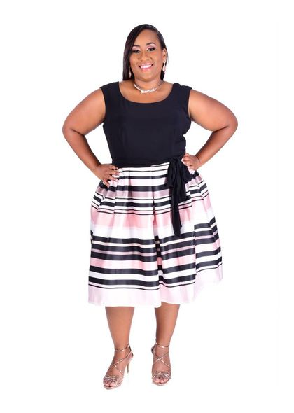 SUSAN-Plus Size Sleeveless Fit and Flare Dress