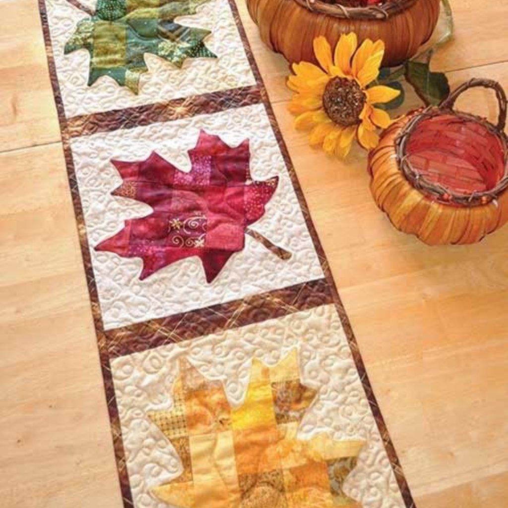 Patchwork Maple Leaf Tablerunner Kit