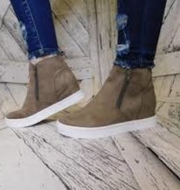 Hunt-Taupe Suede