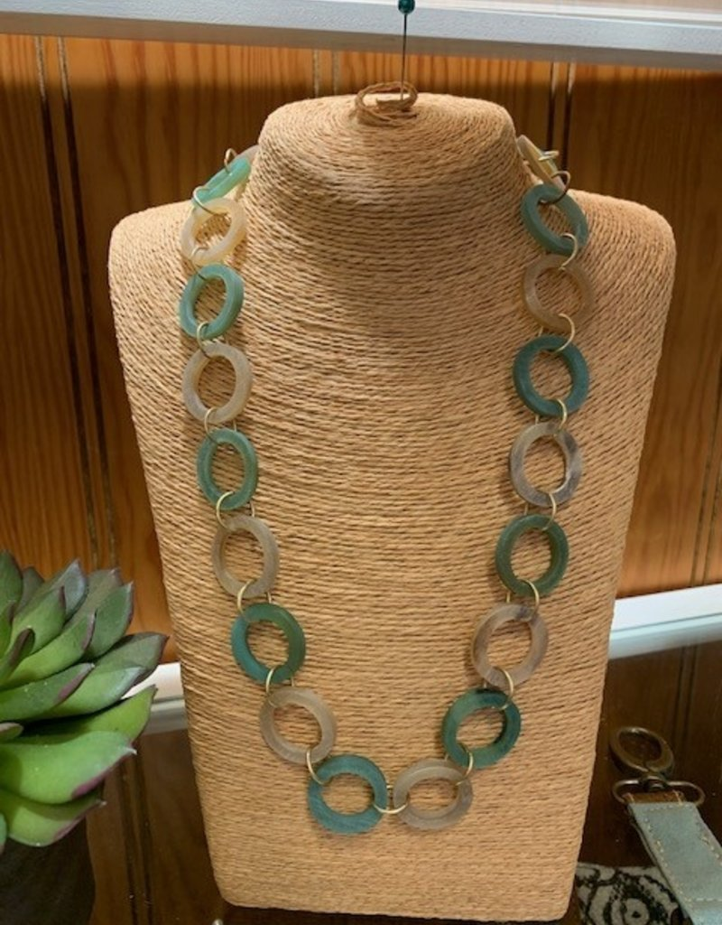 Omala Necklace N1727 Green & Linen Horn Rings