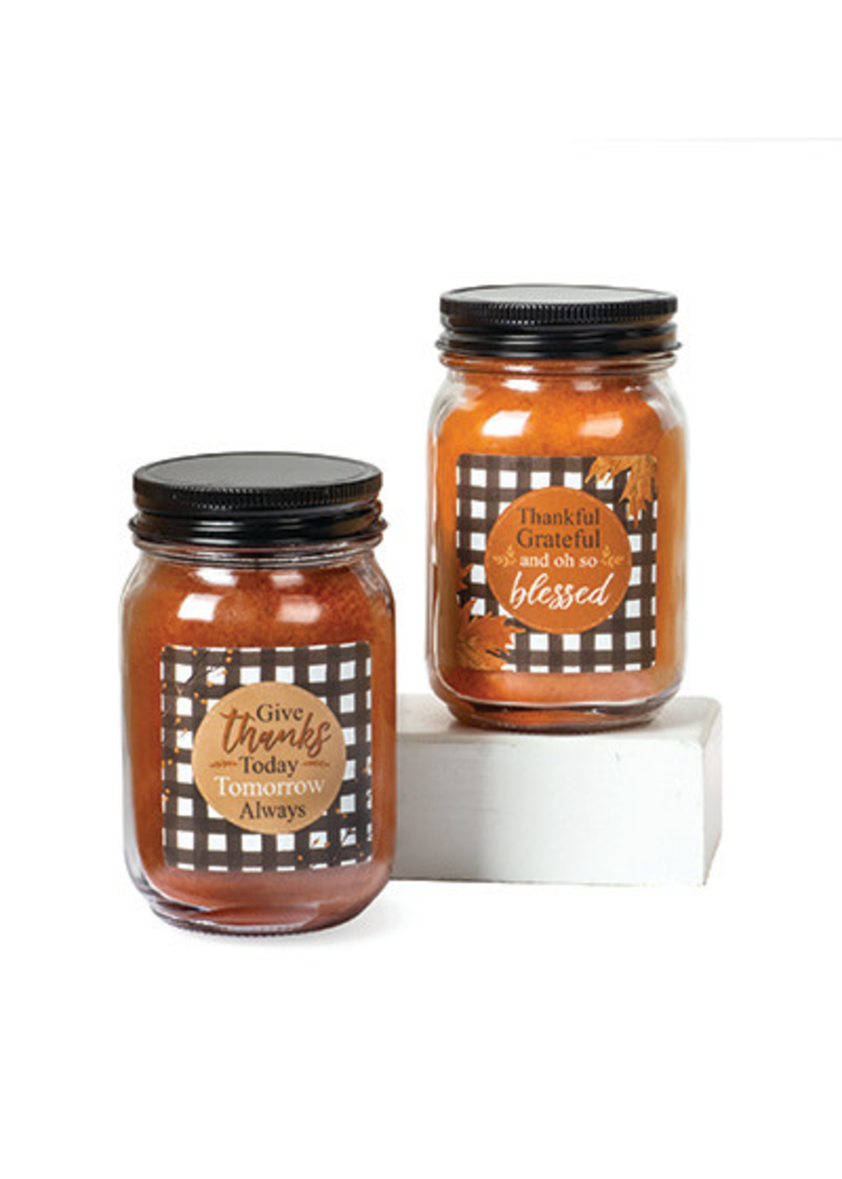 """Crossroads """"Give Thanks"""" Pint Candle, Maple Pumpkin Donut"""