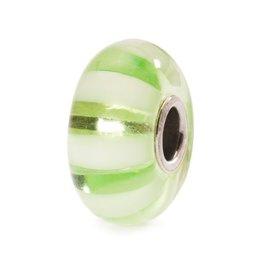 Trollbeads Light Green Stripe, Glass