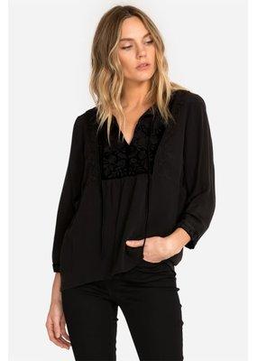 Kirin velvet mix blouse