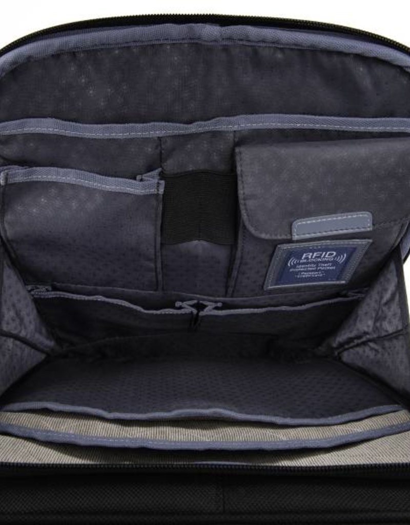 TRAVELPRO 4091880 BLACK 20 INCH BUSINESS PLUS SPINNER