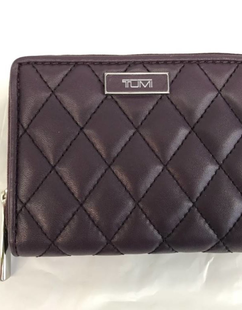 TUMI 14695 AUAUBERGINE LADIES CARD WALLET