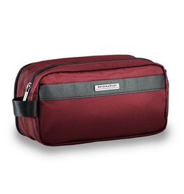 BRIGGS & RILEY MERLOT TOILETRY KIT