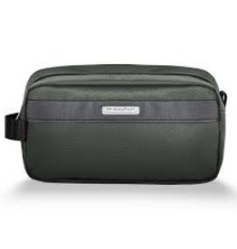BRIGGS & RILEY RAINFOREST TOILETRY KIT