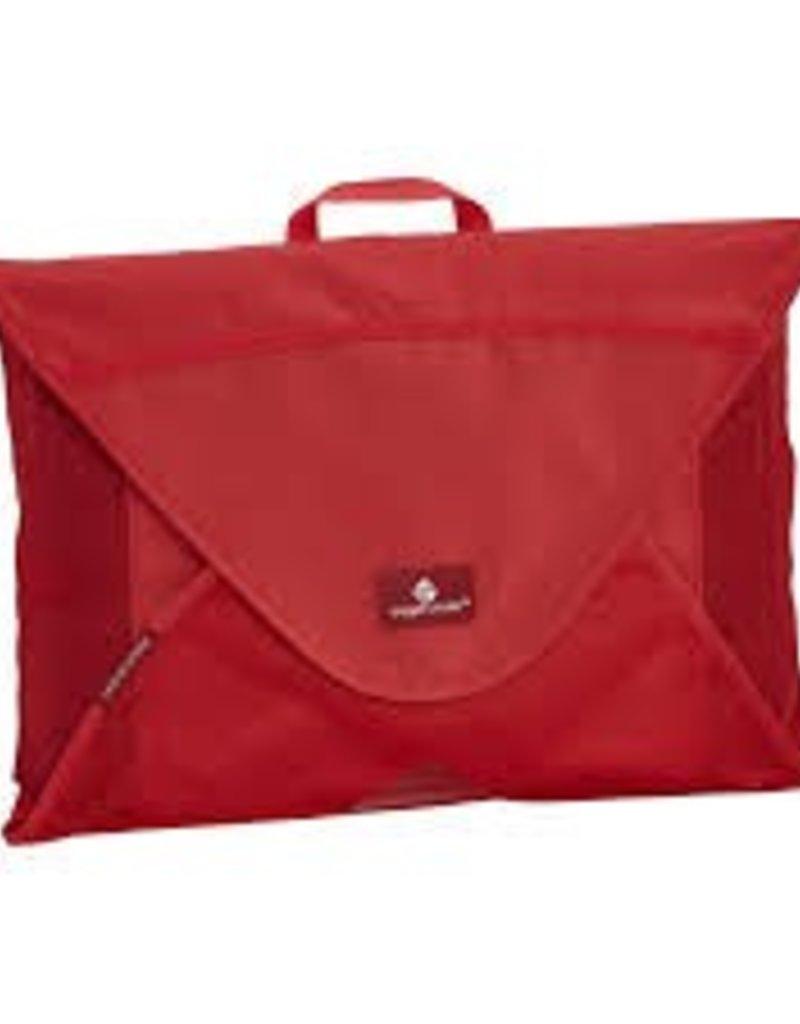 EAGLE CREEK EC041190 138 RED MEDIUM GARMENT FOLDER