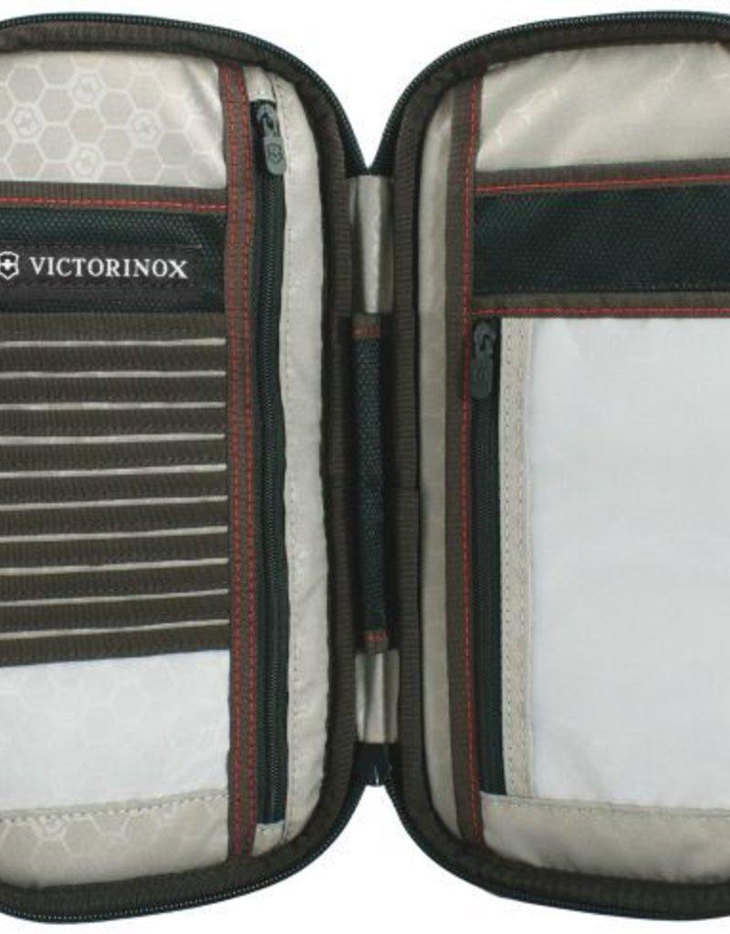 SWISS ARMY VICTORINOX BLACK PASSPORT WALLET LARGE 31172801