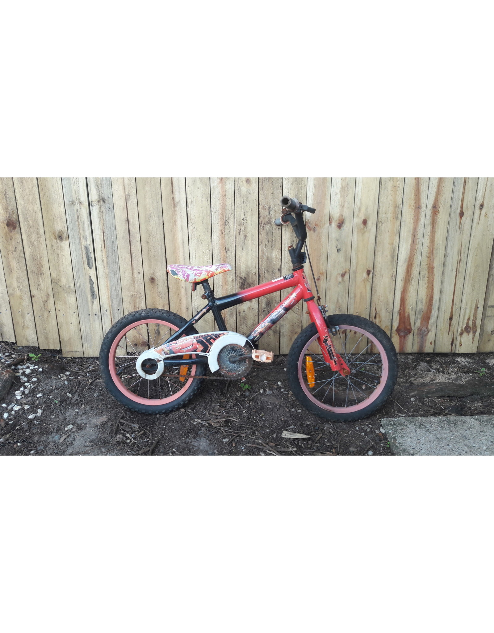 Various Ex hire Kids Bike
