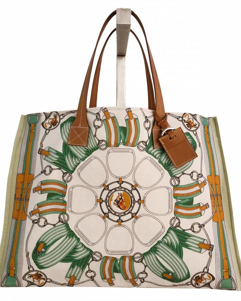 PRINTED CANVAS BEACH BAG: STIRRUPS: FOREST GREEN