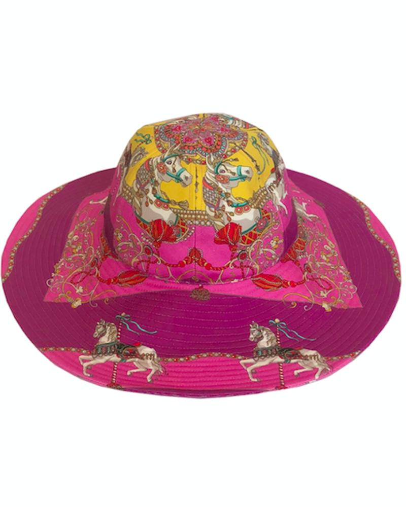 PRINTED BIG HAT:  TOY HORSES: PINK
