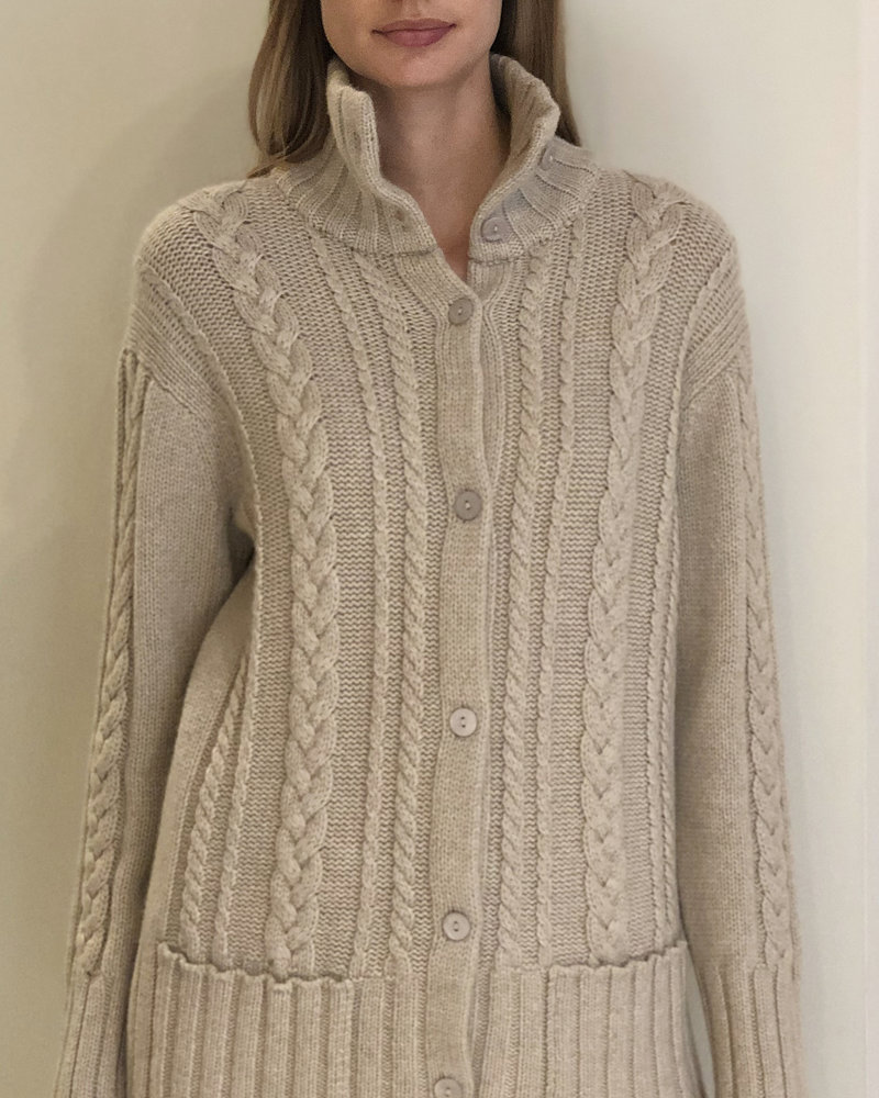 CASHMERE CABLE SWEATER JACKET: SAND