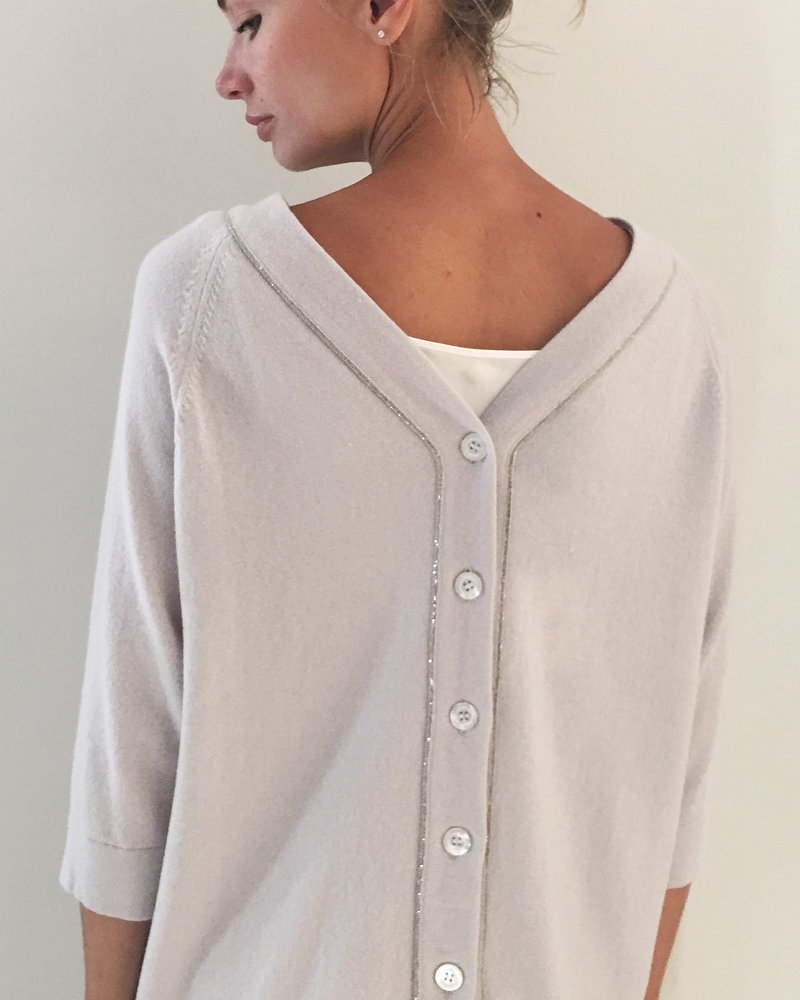 BUTTON BACK CASHMERE SWEATER: ICE