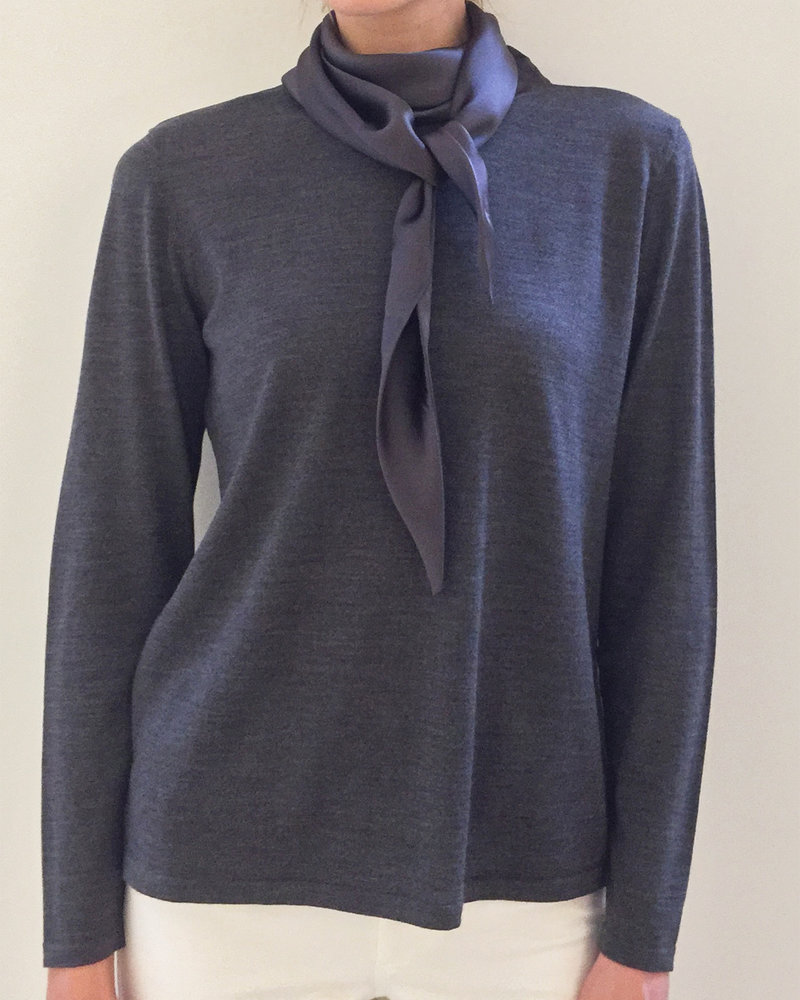 SUPERFINE LIGHT WEIGHT SWEATER WITH SILK TIES: ANTHRACITE