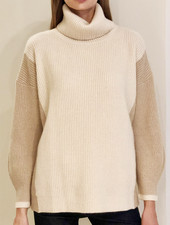 TWO-TONES CASHMRE ROLL NECK WITH BALLOON SLEEVES