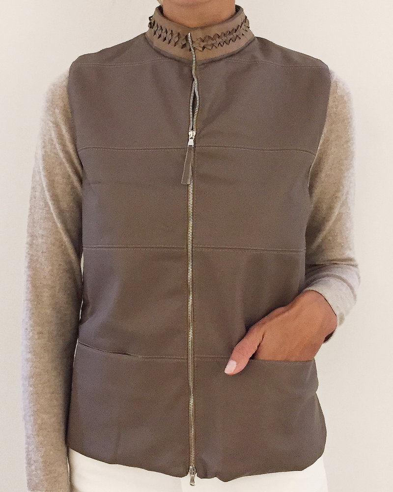 LEATHER VEST WITH CASHMERE BACK: TABACCO