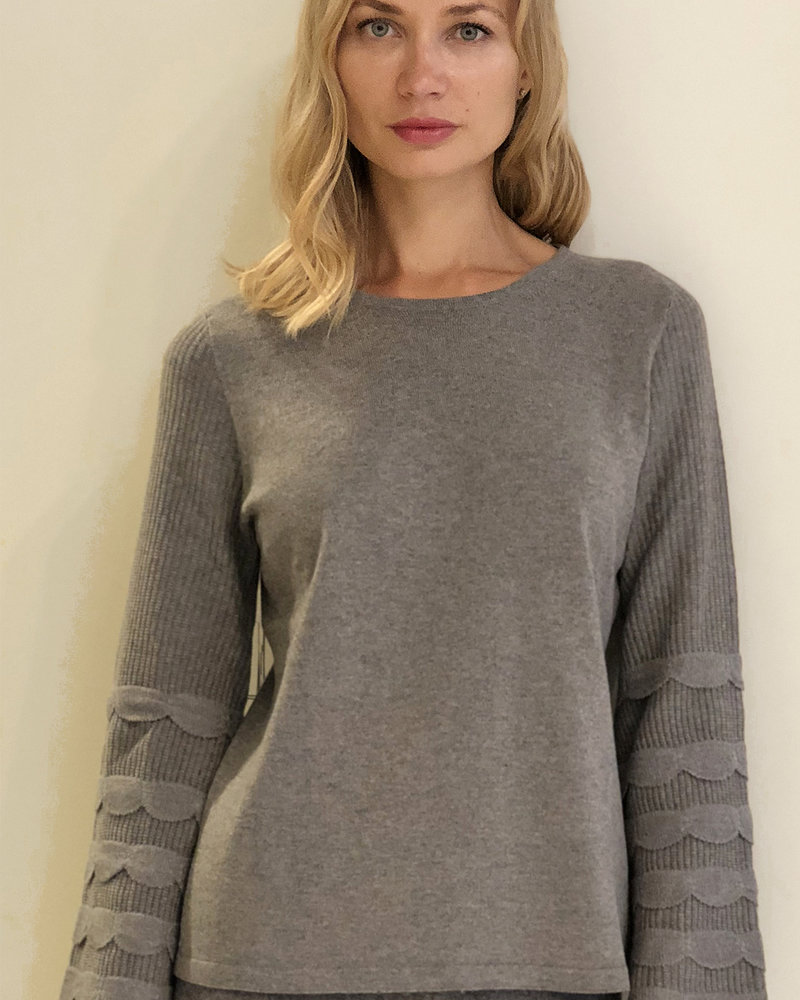 CASHMERE CREWNECK SWEATER WITH RUFFLES: GRAY