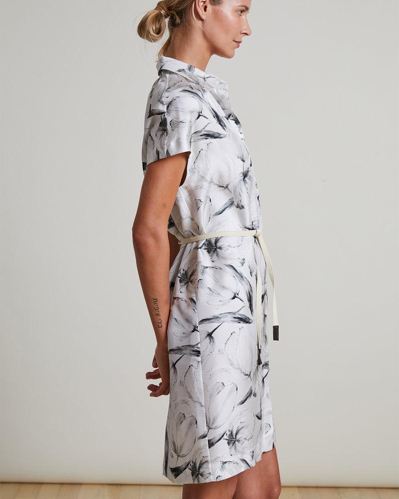 SILK PRINTED DRESS: TULIP: GRAY