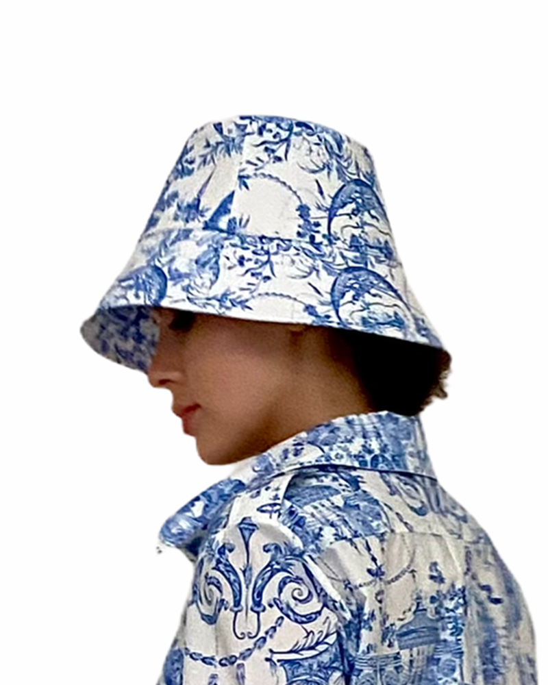 PRINTED COTTONBUCKET HAT: TOILE DU JOUY-BLUE