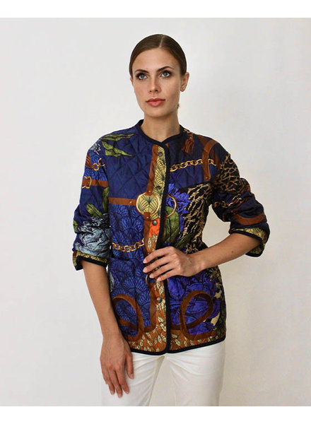 COLLARLESS REVERSIBLE SILK PRINTED QUILTED JACKET: LEOPARD-AMAZONIA