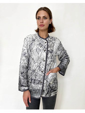 COLLARLESS REVERSIBLE SILK PRINTED QUILTED JACKET: NEW YORK-PALM BEACH