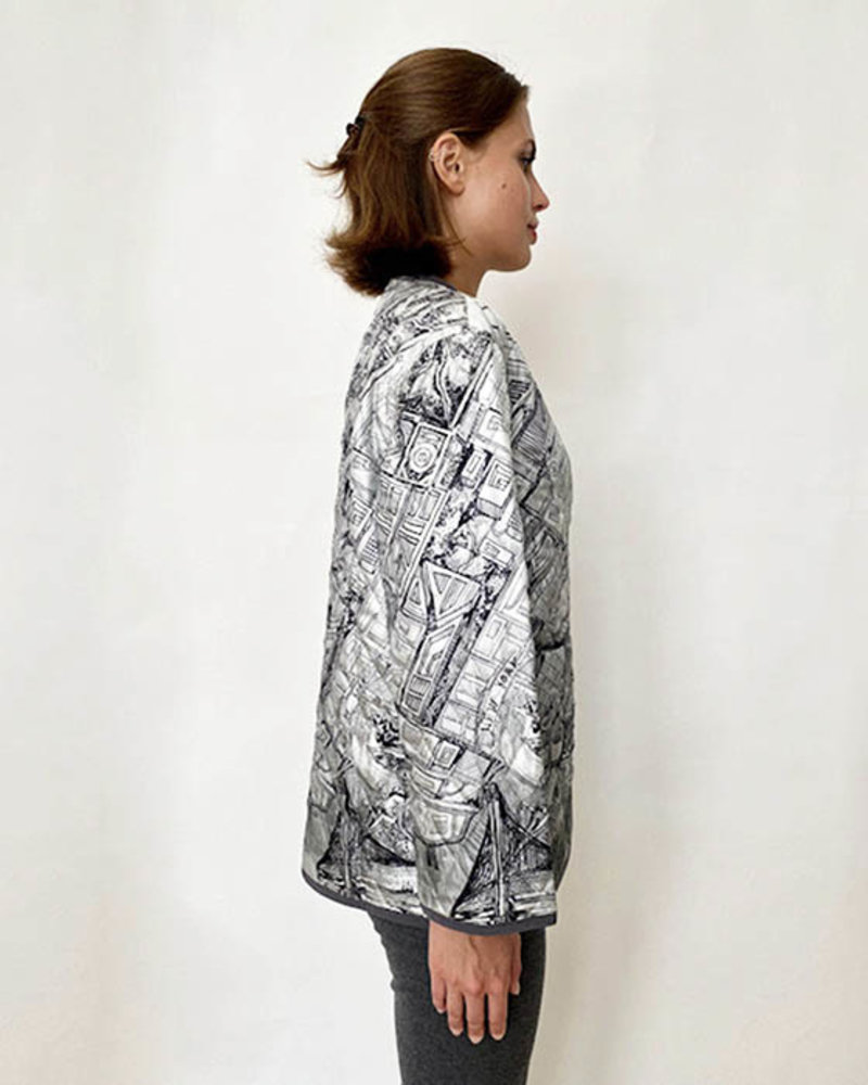 COLLARLESS REVERSIBLE SILK PRINTED QUILTED JACKET: NEW YORK-PALM BEACH BLACK