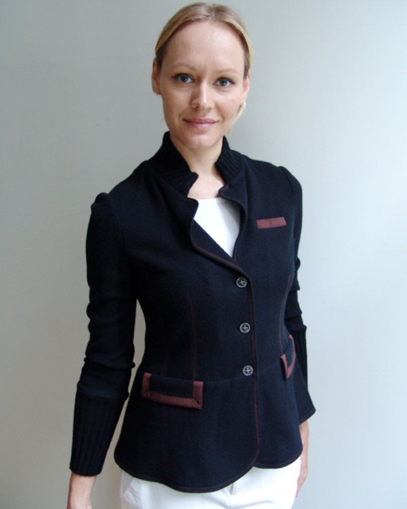 BLAZER WITH LEATHER ACCENTS: BLACK