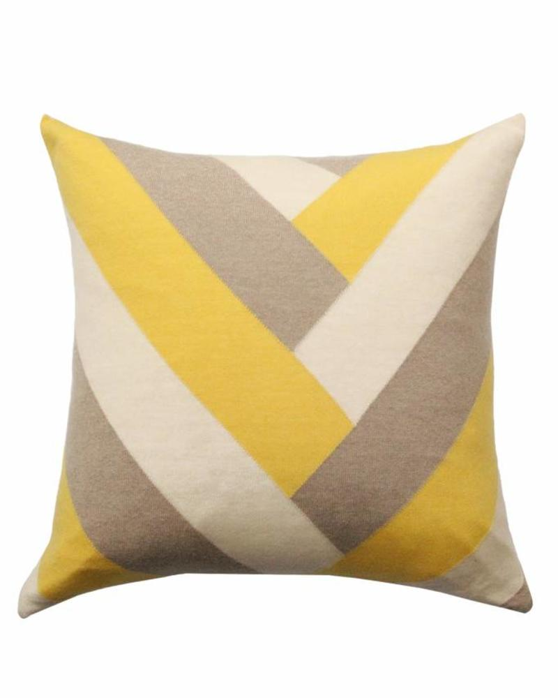 "V PILLOW: 24"" X 24"": HONEY"