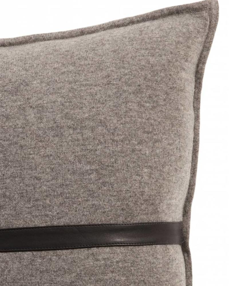 "SARDINIA CASHMERE LEATHER PILLOW: 21"" X 21"": GRAY"