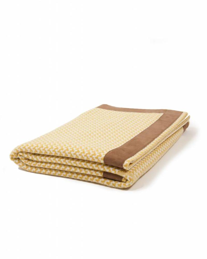 "DENVER  CASHMERE JACQUARD THROW SUEDE BORDER: 52"" X 72"": HONEY-IVORY"