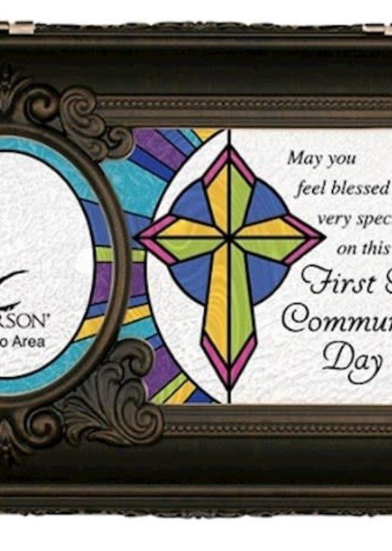 Music Box-Blessed Communion/Jesus Loves Me