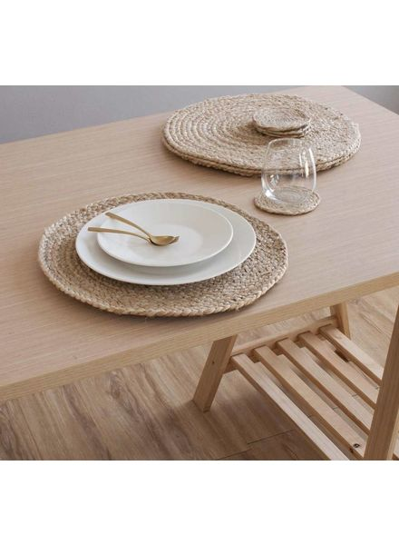 Woven Mantel ROUND Placemat, Natural