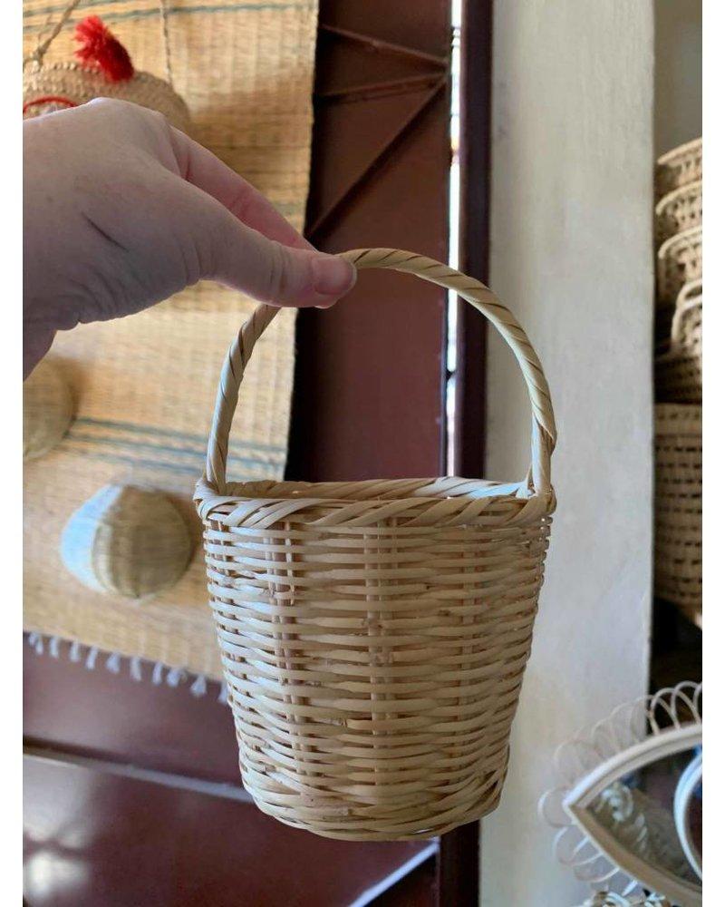 Petite Egg Basket