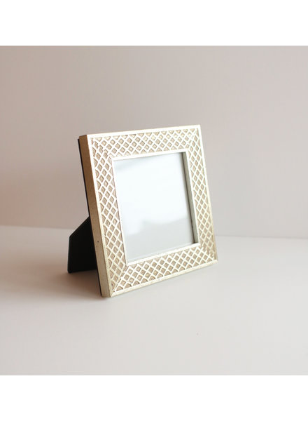 4 x 4 Silver Lattice Frame