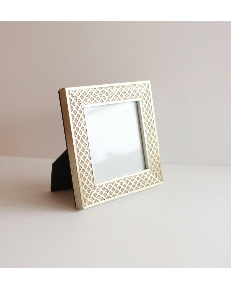 4 x 4 Silver Lattice Frame