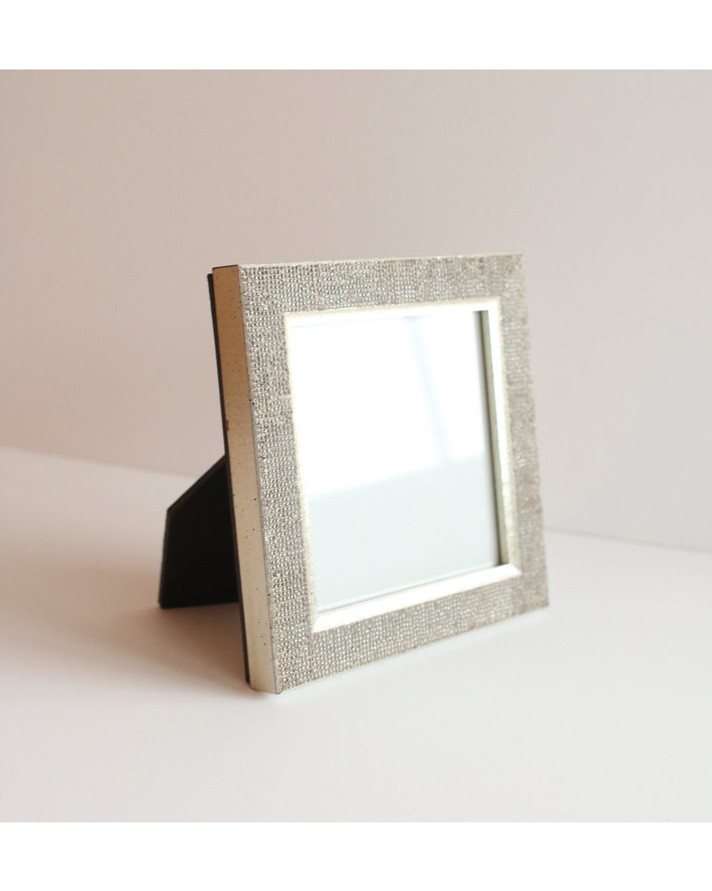 4 x 4 Silver Raindrops Frame