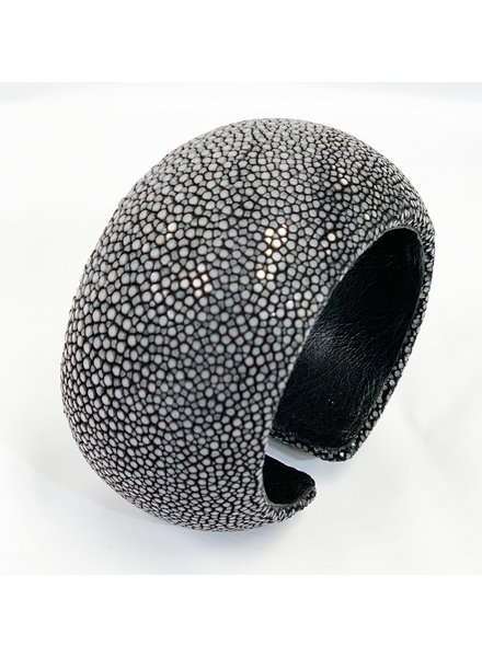 Sting Ray Leather Cuff- Gray