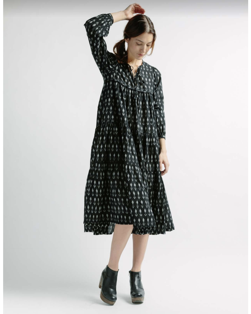 Yamini Flower Dress Black
