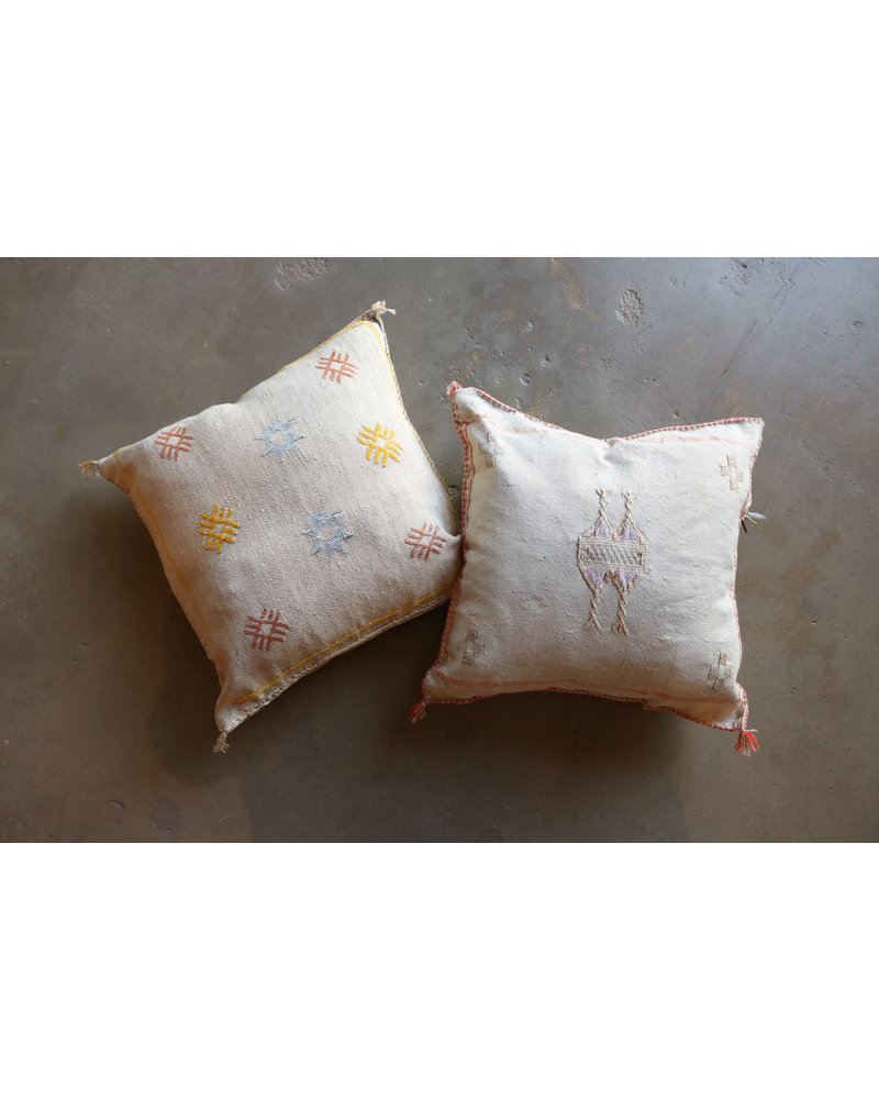 "20"" x 20""- Cactus Silk Pillow- Oyster"
