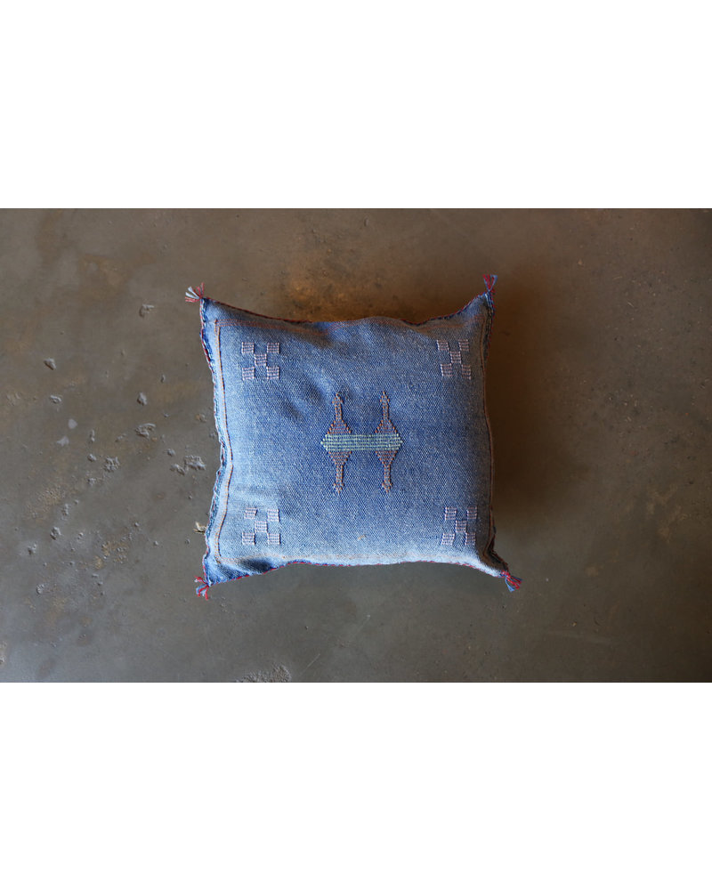 "18"" x 18"" Chambray Cactus Silk Pillow"