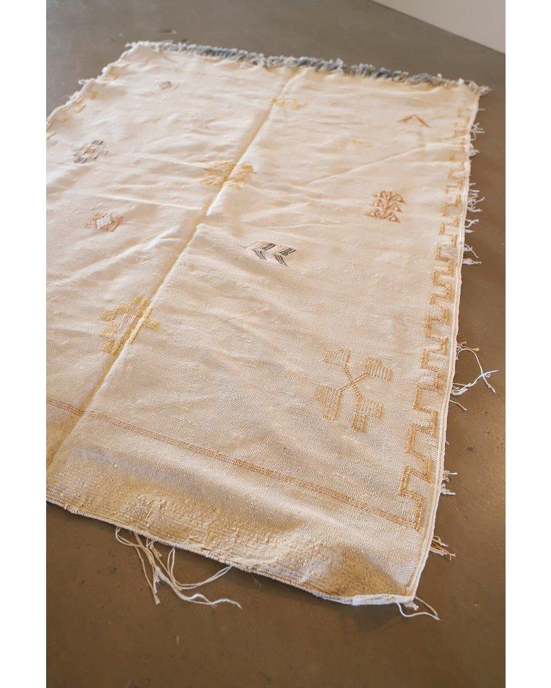 3' x 5' Cactus Silk Throw Rug- Linen #10101