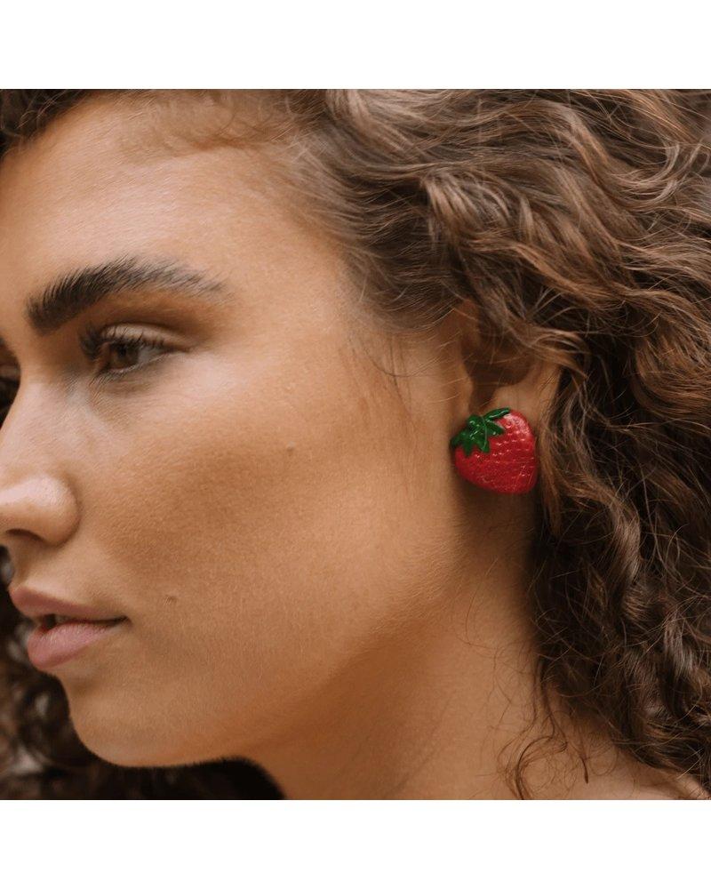 Strawberry Horn Studs