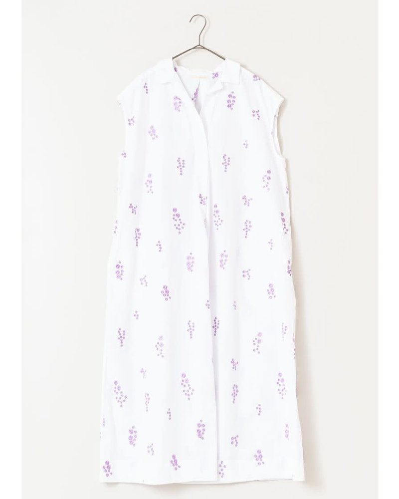 White Flower Embroidered Dress- One Size